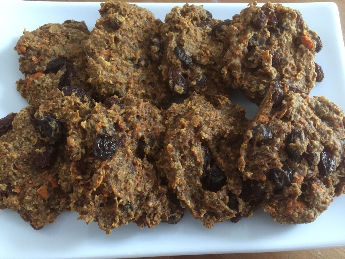 Gluten-free, Dairy-free, No Sugar Added Oatmeal Raisin Cookies, via Eat the Vegan Rainbow